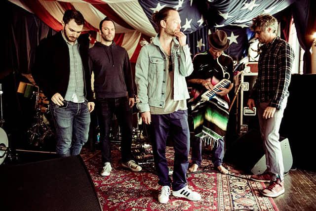 アトムス・フォー・ピース、<ジャパン・ツアー>で披露したカバー曲のライブ映像が公開