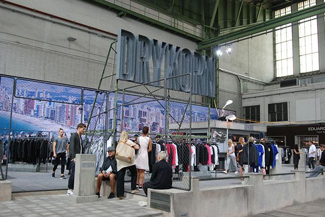 ベルリンファッションウィークでキャッチ! 個性溢れるファッショニスタのオシャレスナップ column140729_miyazawa_BB3
