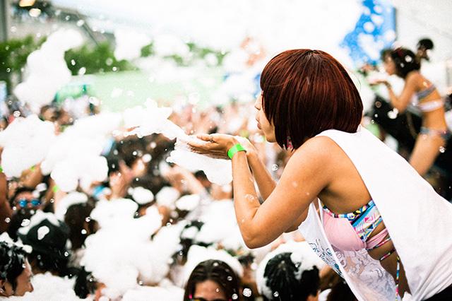 泡まみれになって走る!<バブルラン>日本初開催決定! art150129_bubblerun_5