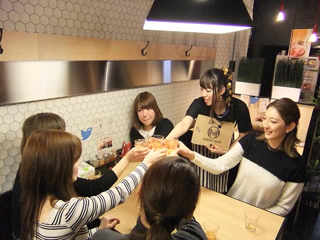 女子流ラーメンの楽しみ方を紹介! <ラーメン女子会>レポート food150125_ramenjoshi_10