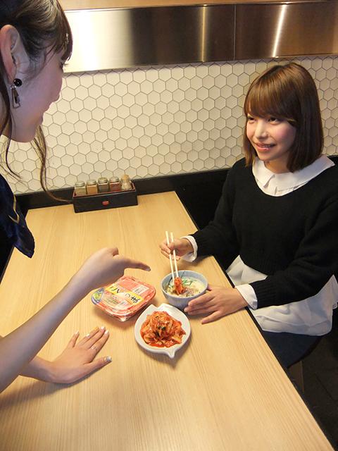 女子流ラーメンの楽しみ方を紹介! <ラーメン女子会>レポート food150125_ramenjoshi_3