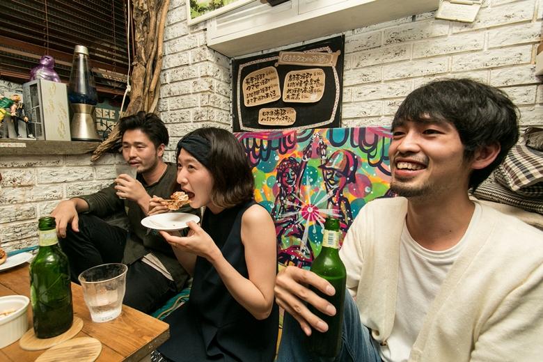 ライブやフェスでよく見かけるインディーバンドの人と飲んでみた ib_nomikai_1ph780