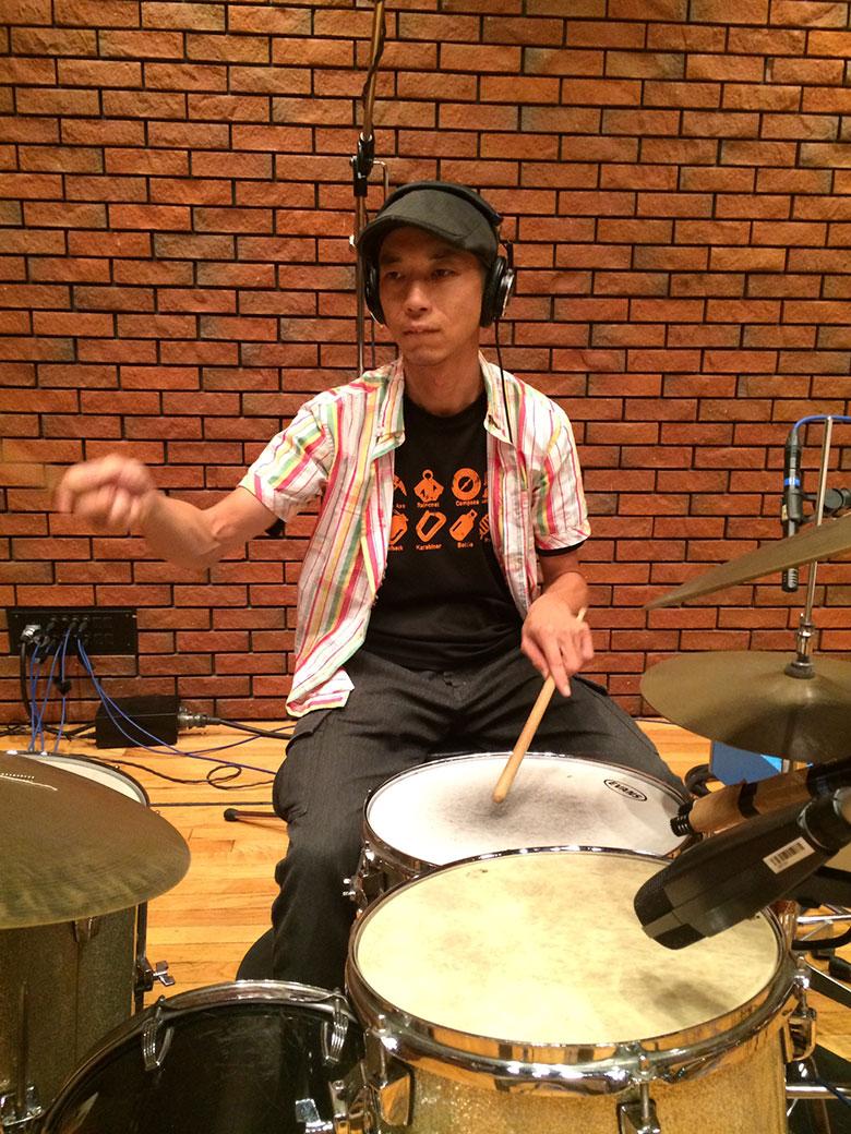 ジャズピアニスト西山瞳がメタルに注ぐ愛。アルバム制作への想い interview151026_nishiyama_1