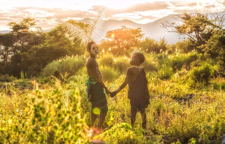 """""""極彩""""を感じる。ヨシダナギ、スリ族にフューチャーした日本初の写真集発売 suri_co3_780"""