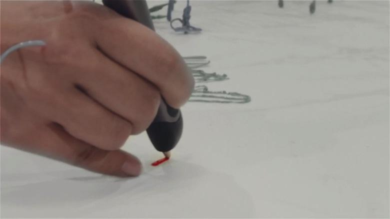 まるで魔法!3Dペンで立体を描いた2次元トリックアート video160321_the3doodler_2