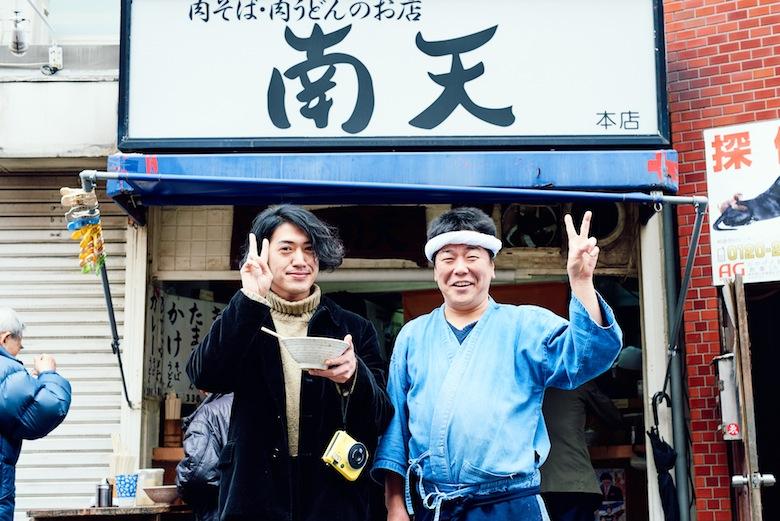THEラブ人間 金田康平とチェキさんぽ。約12年ぶりに訪れた思い出の場所、椎名町を散策 life160418_-loveningen_3