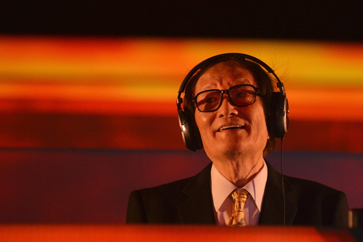 冨田勲氏 死去。84歳  シンセサイザーの先駆け deac0a5b66883f0ca04744b0807c4a6e