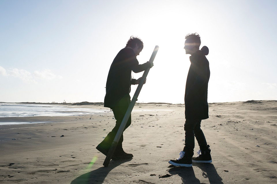 BOOM BOOM SATELLITES、新作『LAY YOUR HANDS ON ME』リリースで活動終焉
