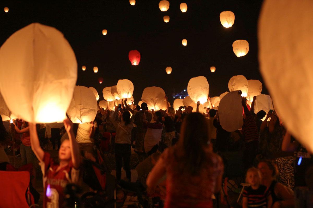 スカイランタンを⾶ばす絶景フェス<The Lantern Fest>日本初上陸! art160713_lf_4