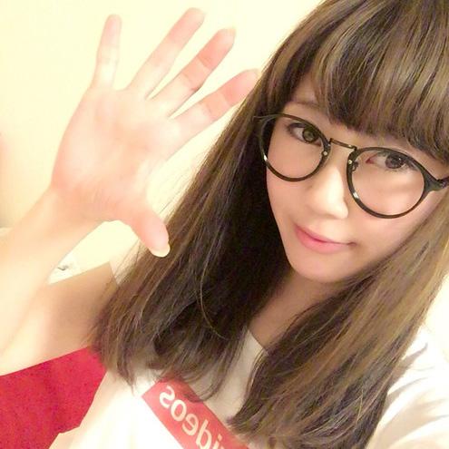 erica // えりか(エレクトリックリボン/DJ四捨五入)