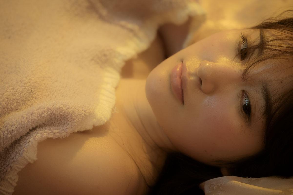 """""""謎の聖女""""璃子、Dカップバストが露わに!官能純愛映画『好きでもないくせに』過激予告映像が解禁! film160726_suki_3"""