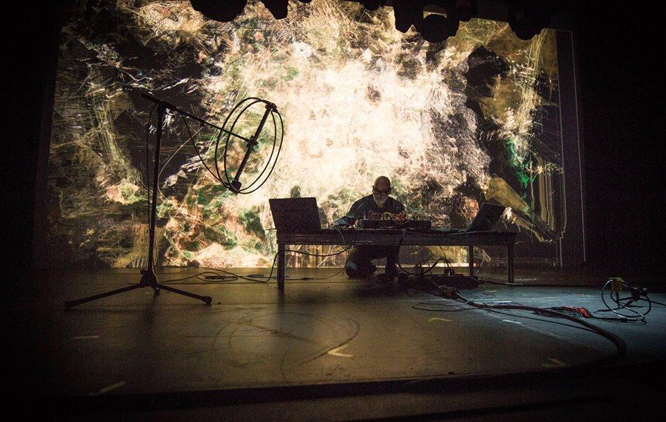 モントリオール発祥 ヴィジュアルアートと電子音楽の祭典<MUTEK>日本初上陸! 13413001_10154182088307856_6378965409214250917_n