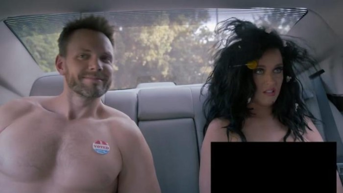 ケイティ・ペリー、ヌード姿の動画公開!全裸でアメリカ大統領選への参加呼びかけ Katy-Perry-700x394