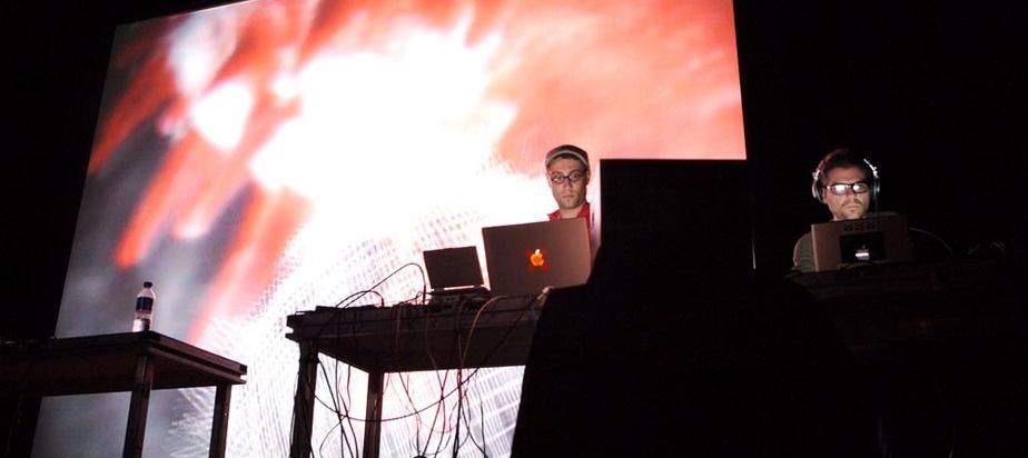 モントリオール発祥 ヴィジュアルアートと電子音楽の祭典<MUTEK>日本初上陸! MUTEK06__2006-06-01__632_ML
