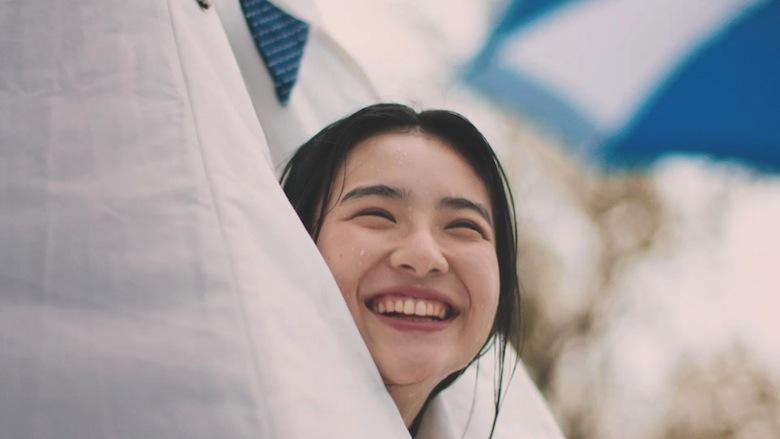 """「養って……」 真夏のプールに現れた美少女の名は""""うな子"""" video160921_unako_4"""