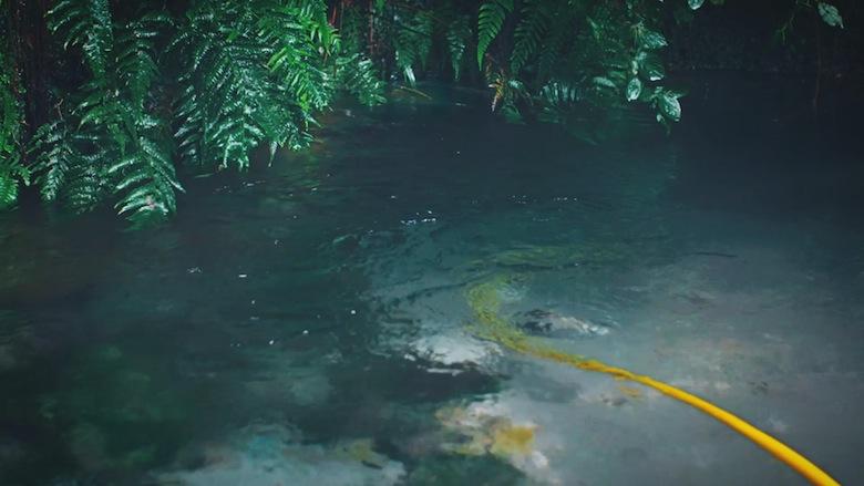 """「養って……」 真夏のプールに現れた美少女の名は""""うな子"""" video160921_unako_6"""