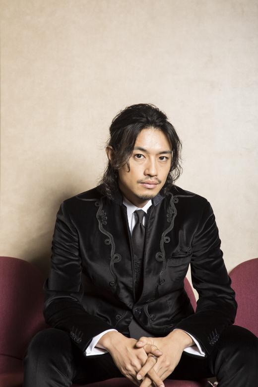 【インタビュー】NEW MOVIEのあの人。斎藤工、映画『HiGH&LOW THE RED RAIN』 ef04bae48f6112b0552903e4dfa62622