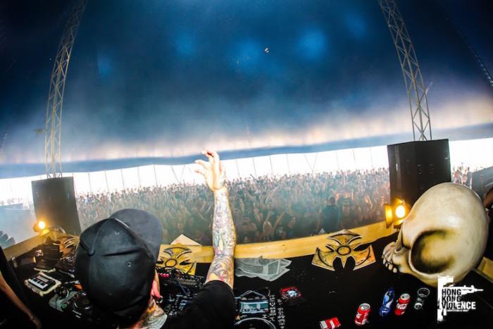 オランダの爆音に踊った夏 Hardcore 野外Festival 2016 最前線:後編 music161017_hardcore_11-700x467