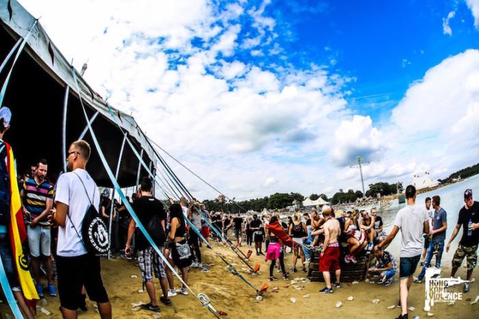 オランダの爆音に踊った夏 Hardcore 野外Festival 2016 最前線:後編 music161017_hardcore_28-1-700x467
