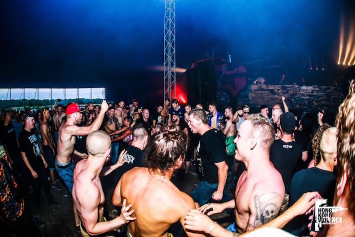 オランダの爆音に踊った夏 Hardcore 野外Festival 2016 最前線:後編