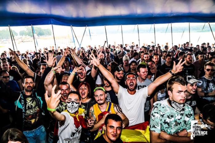 オランダの爆音に踊った夏 Hardcore 野外Festival 2016 最前線:後編 music161017_hardcore_7-700x467