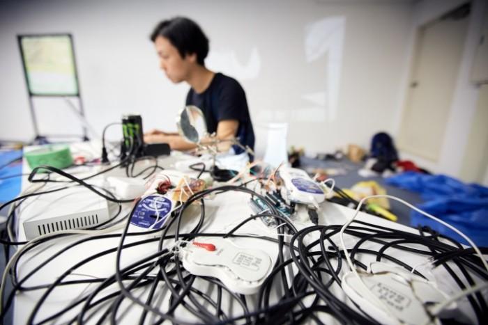 人工生命をテーマにした作品を展示。ハッカソンを通して生まれたアート展示<3331α Art Hack Day> 37182_lDocmjIPDy-700x467