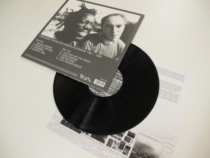 アフリカン・ヘッド・チャージ、完全未発表曲含む47曲入り5CD仕様アンソロジー・ボックス発売! Mu161125_African-Head-Charge_5-700x525