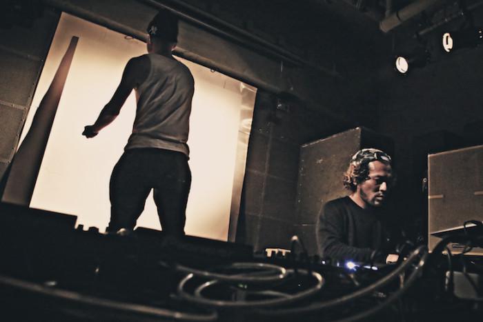 先週の<SETSUZOKU LOUNGE>レポート!今週は、DJ DIRTYKRATES a.k.a. ZEEBRA、DJ WATARAI、starRoが登場! music161114_setsuzoku_8-700x467