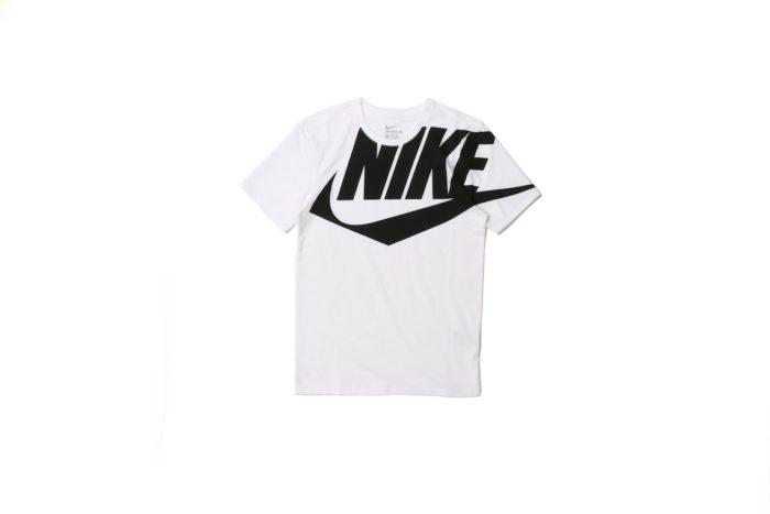 ナイキ、スポーツウェア代表コレクションから国内限定ジャケット&Tシャツが新登場! Li161220_NEW-WINDRUNNER-COLLECTION_4-700x467