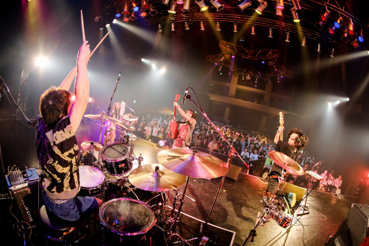 【インタビュー】skydiving magazine・村田実莉×ゴミ