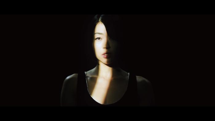 """宇多田ヒカル、dutch_tokyo(山田健人)とタッグを組んだ""""忘却 featuring KOHH""""MV公開 BOKYAKU14-700x394"""