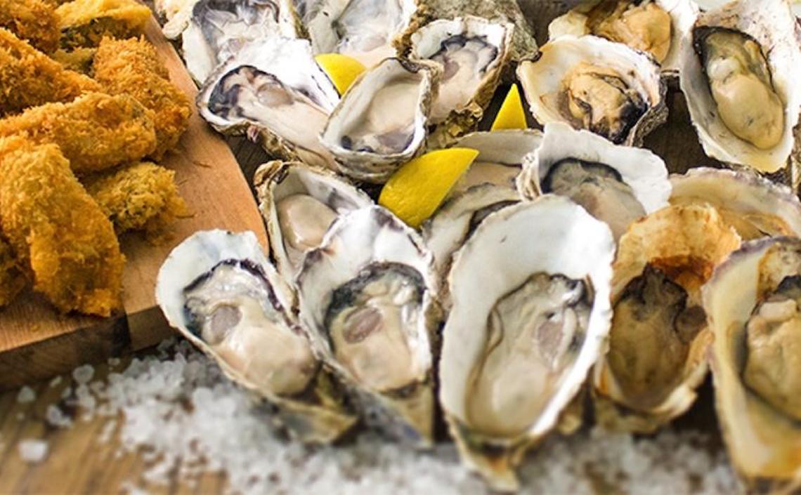 6種の牡蠣料理食べ放題