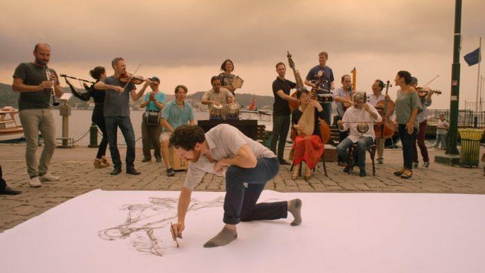 """【チケプレ】ヨーヨー・マが立ち上げた現代の""""We Are The World""""映画『ヨーヨー・マと旅するシルクロード』試写会にご招待 88b3232275e0729e673b6afa0f7e13e3-700x394"""