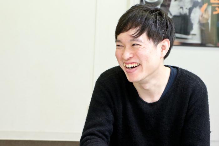 【インタビュー】「人生で一番人に知られたくない出来事」から見えた、笑いと人情のストーリー『くも漫。』 IMG_0092-700x467