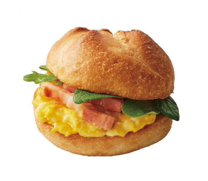 カフェ・ベローチェ、春の新商品は「白桃のムースクレープ包み」!モーニングセットもさらにおいしくなって新登場! food170301_chatnoir_2-700x610