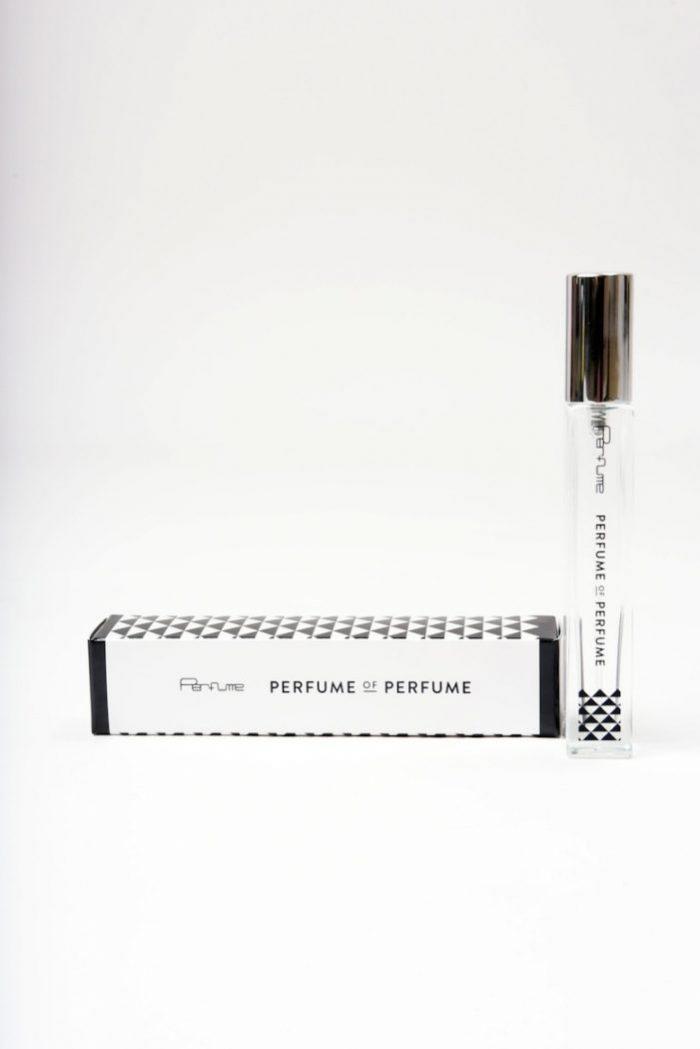 Perfumeのパフューム!?一時売切れとなった話題の香水「PERFUME OF PERFUME」発売決定! Li170306_perfume_2-700x1049