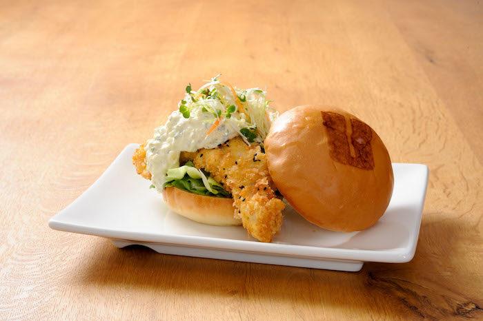 赤西仁「今日はロスでよく食べたハンバーガーをまた食べに来ました。」!LA発・UMAMI BURGERついに日本上陸! bcb2d447ad9ffb26905b24694e160de9-700x466