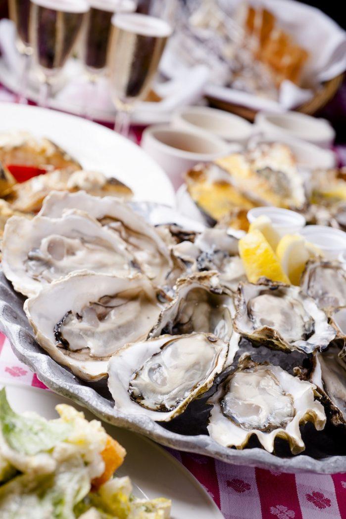 生牡蠣、カキフライ食べ放題&ワイン飲み放題!年に1度の熱狂、牡蠣祭り<オイスター・フレンジー>開催! main-11