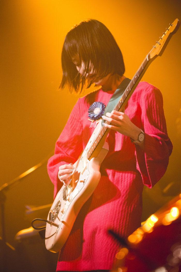 【ライブレポ】Rei、ジャンルを超えたセッション。土岐麻子と生み出した魅力的なケミストリー music_guitarei_12-700x1050