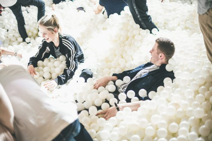 9nine・佐武宇綺も登場!50,000個のボールが飛び交うフォトジェニックな大人のパーティ「#tamapa」 tamapa02-700x467
