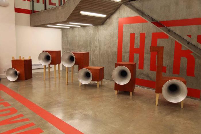 音が触れる、タップシューズが踊りだす。新しい音の展覧会<音をとらえる>開催 art170601_okazakiloops7-700x467