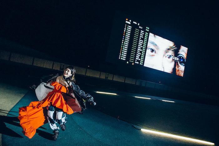 生ライブの裏側が公開!水曜日のカンパネラ×日本ダービー、コムアイが競馬場を駆け巡る! music170517_wedcamp7-700x467
