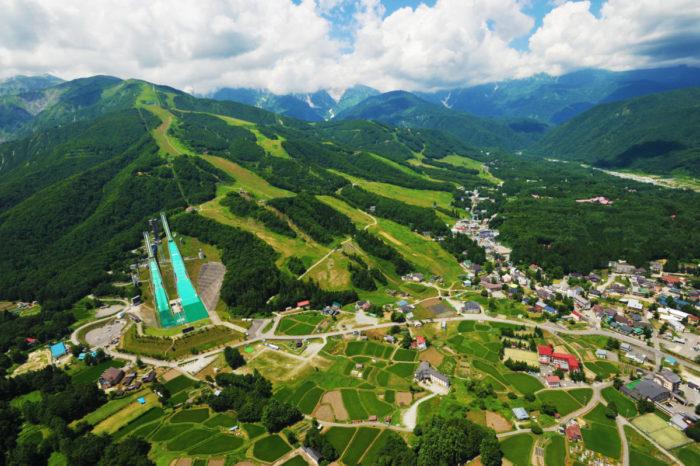 五輪メダリストの『スキージャンプ』が観られるフェス!お得なチケット付き宿泊プランも 0622_AHH_1-700x466