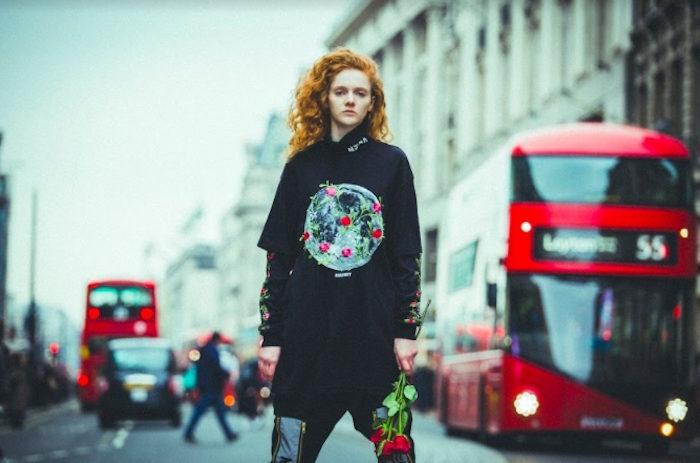「真の意味で死ぬ者はいない」新鋭ストリートブランド『ナードユニット』イギリスで大規模撮影の最新コレクション公開! life170612_nerdunit_10-700x463