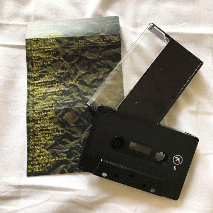 エイフェックス・ツインが45曲入りカセットテープ作品をフジロック限定で緊急リリース!! S__4939795-1-700x700