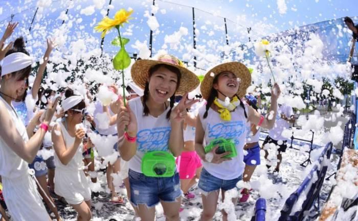 ラジオ番組『Tokyo Brilliantrips』連動企画!ラグジュアリー海の家、バブルラン、映画『フェリシーと夢のトウシューズ』をご紹介! art170720_brilliantrips_2-700x433