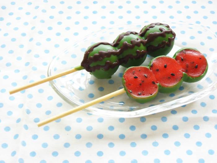 夏だ!海だ!すいかだ!即日完売の人気おだんごが夏季限定で発売開始。 food170717_yagumodango_01-700x525