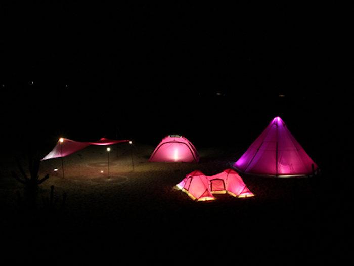 フェス・キャンプで目立ちたい女子必見!ド派手なピンクのテント&タープはゆったり広々♪ life170710_doppelganger2-700x526