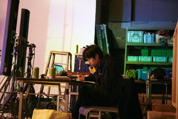"Chara、""Tiny Dancer""MVに満島ひかり出演!MONDO GROSSO""ラビリンス""に続く music170724_chara_10-700x467"