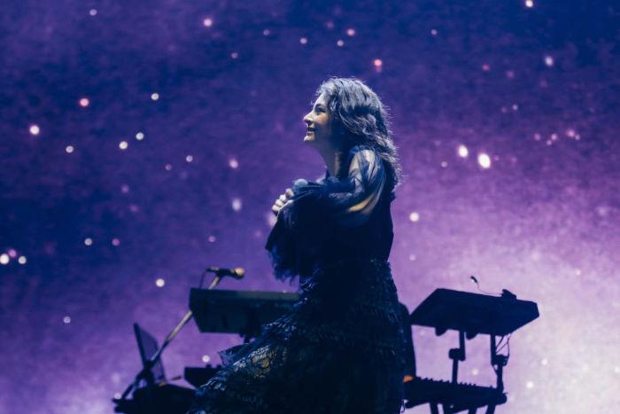 【フジロックライブ&フォトレポ】大人になって戻ってきた歌姫ロード。でも、可愛いです……! Lorde-170824_18-700x467